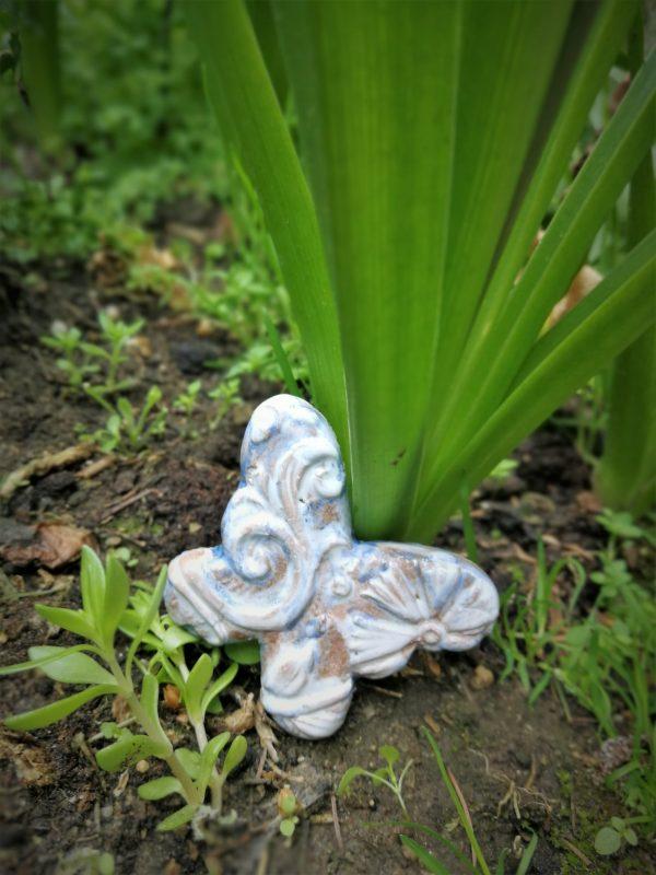 fluture ceramic decorativ
